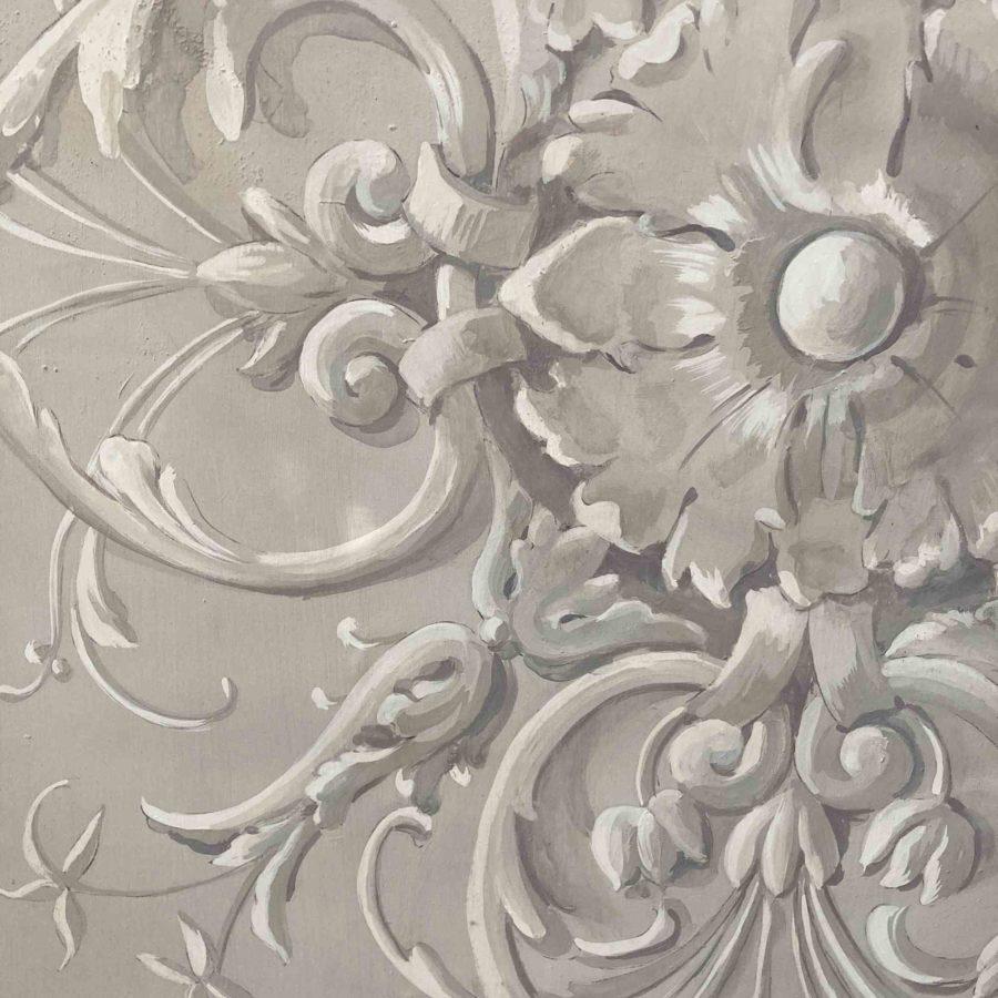 ornement peint en grisaille