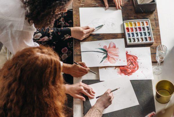 atelier collectif groupe art-thérapie
